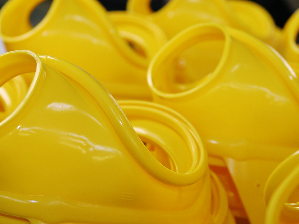 yellow molded product